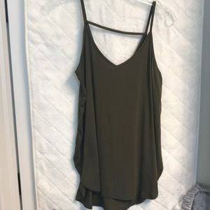 New army green tank